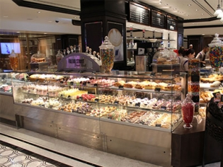 Fulton Street Food Hall at Harrah's Las Vegas