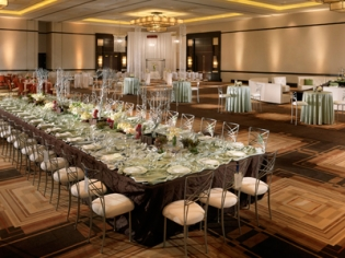 Ample Meeting Rooms, Conference Rooms, & 1-of-a-Kind Venues