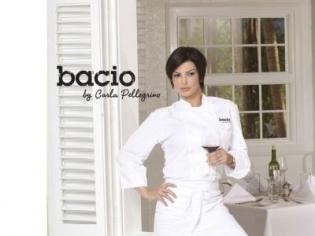 Bacio with Carla Pelligrino Posing
