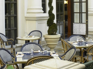 Bouchon Outdoor Seating