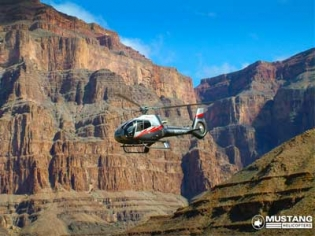 Grand Canyon Air Tour by Mustang Helicopters