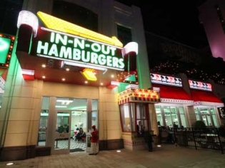 In-N-Out Burger on the Strip Las Vegas at the Linq