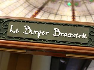 Outside Sign for Le Burger Brasserie