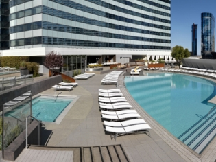 Vdara Pool and Lounge Poolside