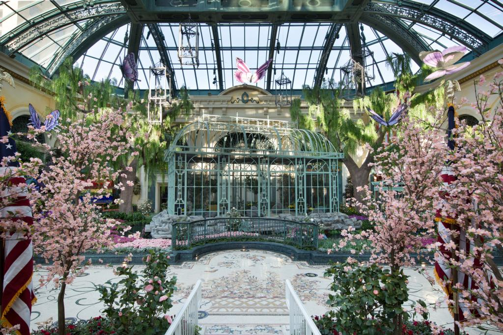 bellagio_conservatory_spring_display_low