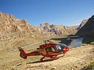 King of Canyons Helicopter Tour from Las Vegas